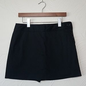 Ann Taylor Petite black skort with side buttons